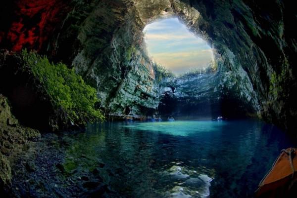 cueva-melissani-grecia-600x401